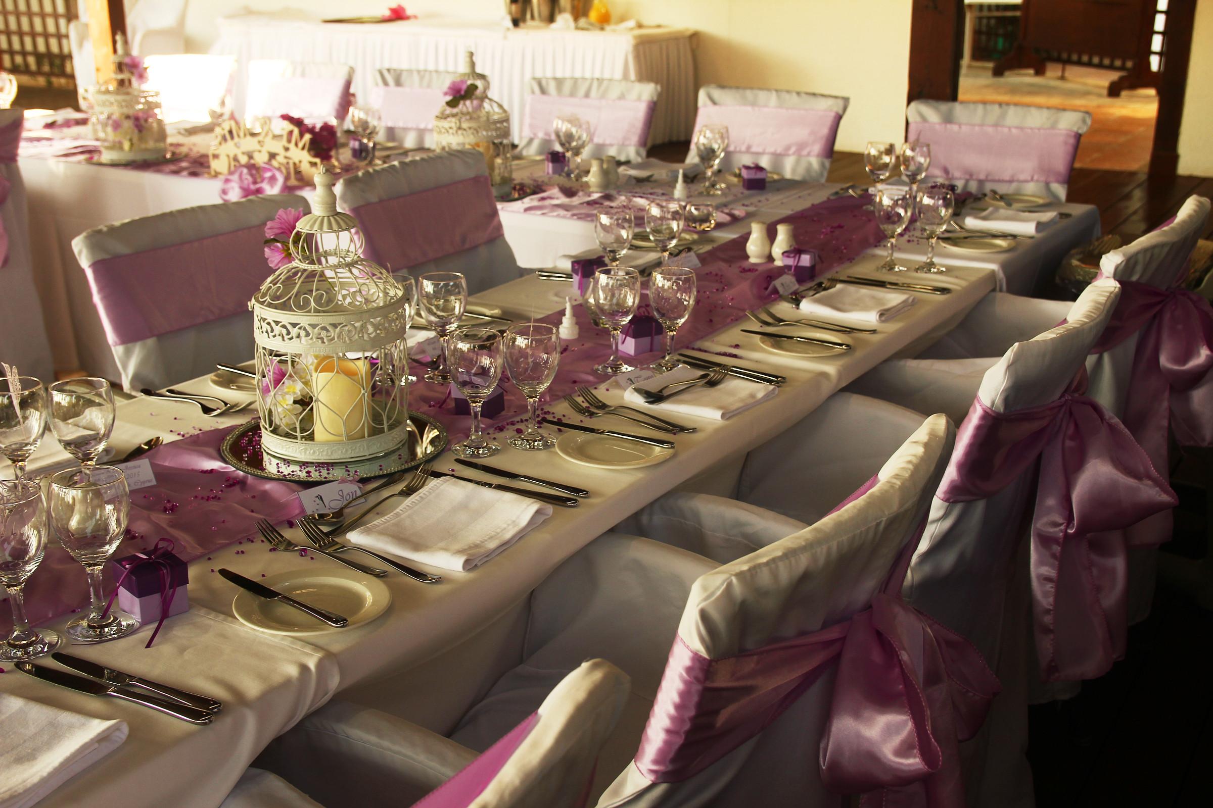 Hochzeit-tischdekoration-Lilla_1